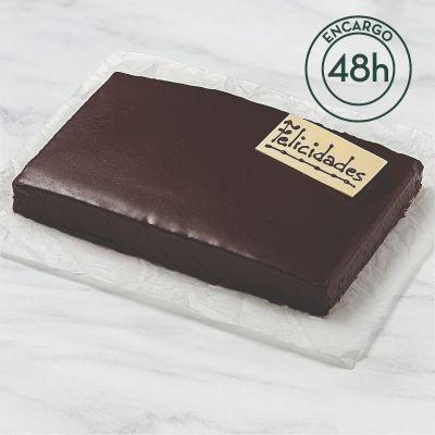 Bizcocho cubierto de chocolate