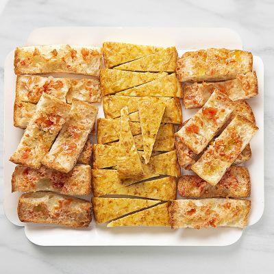 Bandeja pan de cristal con tortilla de patatas